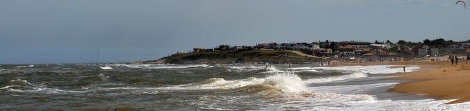 Opinión del paisaje de la playa de Pedrera del La en Rocha, Uruguay foto de archivo libre de regalías