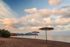 Opinión del paisaje marino de la playa arenosa Foto de archivo