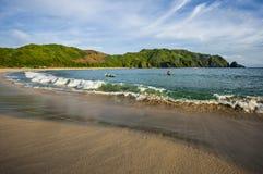 Opinión del paisaje marino de la playa de Mawun, Lombok, Indonesia imágenes de archivo libres de regalías