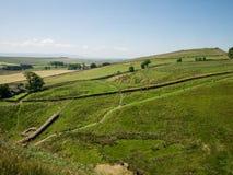 Opinión del paisaje sobre la pared de Hadrian Foto de archivo