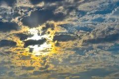 Opinión del paisaje del sol poniente sobre el mar fotografía de archivo libre de regalías