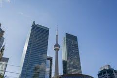 Opinión del paisaje urbano de Toronto adentro en el centro de la ciudad Imagen de archivo