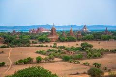 Opinión del panorama de Bagan viejo imagen de archivo