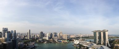 Opinión del panorama de la bahía Singapur del puerto deportivo Foto de archivo