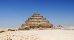 Opinión del panorama de la pirámide de Saqqara, Egipto imagen de archivo libre de regalías