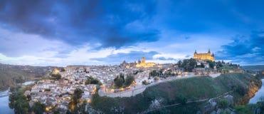 Opinión del panorama de Toledo y del río Tagus, España Imagen de archivo