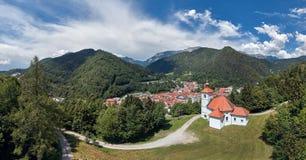 Opinión del panorama de Trzic, Eslovenia, Europa fotos de archivo libres de regalías