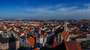 Opinión del panorama del centro de ciudad de Munich Foto de archivo