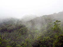Opinión del panorama del paisaje del campo en la montaña Fotos de archivo libres de regalías