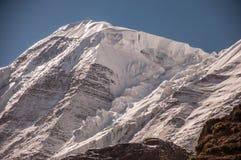Opinión del primer de una montaña de la nieve en Szechwan Imágenes de archivo libres de regalías