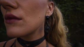 Opinión del primer sobre cara de la mujer joven metrajes
