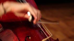Opinión del primer sobre el violoncello en orquesta metrajes