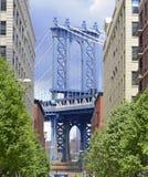 Opinión del puente de Manhattan de Brooklyn, Nueva York imagen de archivo