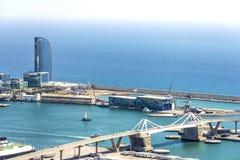 Opinión del puerto de Barcelona Imagen de archivo libre de regalías
