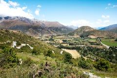 Opinión del puesto de observación del valle del camino de la gama de la corona foto de archivo libre de regalías