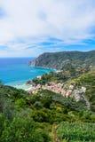 Opinión del s-ojo del ` del pájaro la yegua del al de Monterosso, Cinque Terre National Par Fotos de archivo