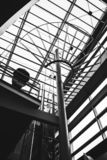 Opinión del strair del aeropuerto de Montreal Trudeau Montreal imagen de archivo libre de regalías