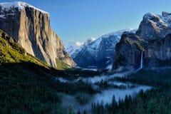 Opinión del túnel de Yosemite imágenes de archivo libres de regalías