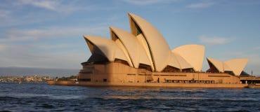 Opinión del teatro de la ópera de Sydney Fotos de archivo