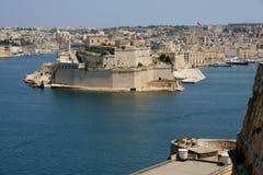 Opinión del terraplén del puerto de Malta valletta Imágenes de archivo libres de regalías