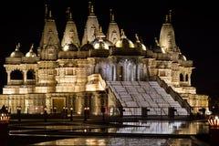 Opinión del tres cuartos del templo hindú Imagenes de archivo