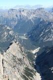 Opinión del valle de la montaña Foto de archivo libre de regalías