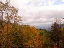 Opinión del valle de la montaña del G/M fotografía de archivo
