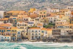 Opinión del verano de la isla de Andros en Grecia Un destino turístico hermoso fotografía de archivo libre de regalías