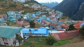 Opinión del viaje del basecamp de Everest - opinión del Bazar de Namche metrajes