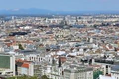 Opinión el parásito con la basílica de St Stephen en Budapest, Hungría Foto de archivo libre de regalías