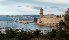 Opinión el santo Jean del puerto viejo y del fuerte en Marsella fotos de archivo