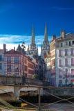 Opinión el santo Marie Cathedral en Bayona, Francia imágenes de archivo libres de regalías