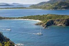 Opinión escénica del barco de vela de British Virgin Islands foto de archivo libre de regalías