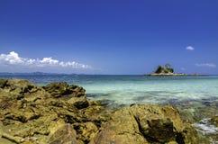 Opinión escénica del mar de la isla de Kapas en Terengganu, Malasia Fotos de archivo