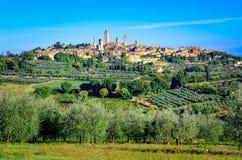 Opinión escénica del paisaje de San Gimignano, Italia Imagenes de archivo
