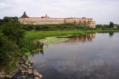 Opinión escénica sobre el castillo de Medzhybizh Lugar de la ubicación: Medzhybizh, Reino Unido Fotografía de archivo