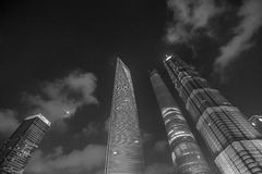 Opinión financiera de la noche del ditrict de Shangai en blanco y negro Foto de archivo libre de regalías
