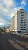 Opinión Francisco de Orellana Avenue en el norte de la ciudad de Quito Imagen de archivo libre de regalías