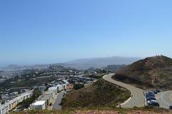 Opinión gemela San Francisco California de los picos Imagenes de archivo