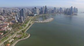Opinión general de ciudad de Panamá de los edificios Fotos de archivo libres de regalías
