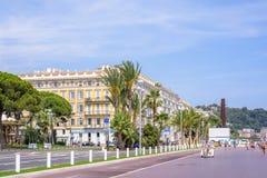 Opinión hermosa de la luz del día Niza a la ciudad de Azur del ` de Cote d fotografía de archivo libre de regalías