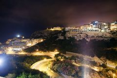 Opinión hermosa de la noche de Mellieha Fotos de archivo libres de regalías