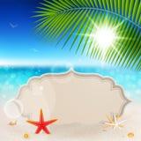 Opinión hermosa de la playa con la tarjeta de felicitación de la vendimia Fotos de archivo libres de regalías