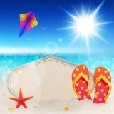 Opinión hermosa de la playa con la tarjeta de la vendimia Fotos de archivo