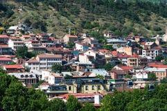 Opinión hermosa panorámica del verano de la ciudad vieja de Tbilisi, Georgia Fotos de archivo libres de regalías