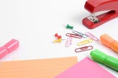 Opinión horizontal de los materiales de oficina Imagen de archivo libre de regalías