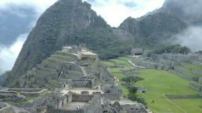 Opinión Inca City antiguo de Machu Picchu El sitio del siglo XV del inca 'Perdió la ciudad de los incas' almacen de video