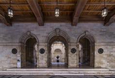 Opinión interior del edificio veneciano de la logia Es el edificio que contiene el ayuntamiento de la ciudad de Heraklion hoy fotografía de archivo libre de regalías