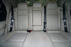 Opinión interior un coche fotos de archivo