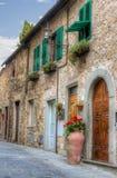Opinión italiana de la pequeña ciudad Fotos de archivo libres de regalías